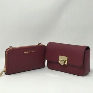 0a9147e75df93 Michael Kors Bags - Michael Kors Tina 2 in 1 Handbag   Wallet Clutch